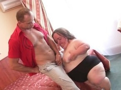 WhiteGhetto Gidget burnish prosecute Midget Gets Boned in a Hotel Room